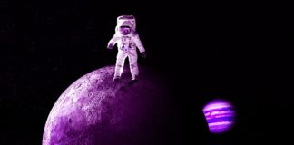"Daily Picks: 9 Articles - ""Money"" Russian Engineers to Solve Moon Landing Conspiracy"